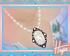 *H* Vintage Girl Pearls