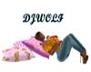 [DJ]Minnie hold Pillows