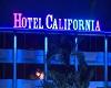 Hotel CALIFORNIA  room