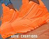 |< Conie! Sneakers!