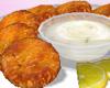 Ǝ_Crab Cakes & Dip
