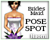 Der Bridesmaid Pose